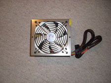 13_PS02_006_0035_ThermaltakeQFan850W_CIMG0097_225x169.jpg
