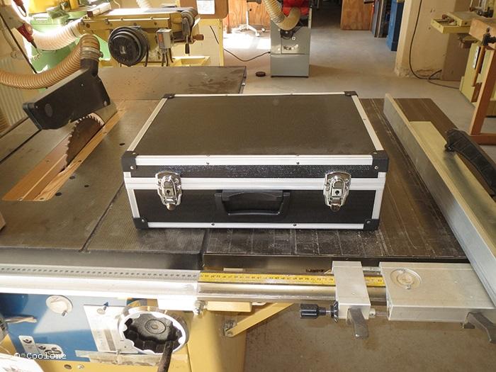 BP_03_M1_Suitcase_01_10_IMG_1750_700x525